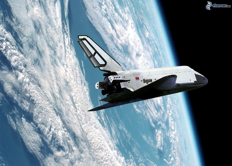 Space Shuttle Buran im Orbit